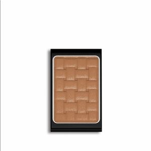 Doucce Freematic Eyeshadow in 62 Kristi Shimmer